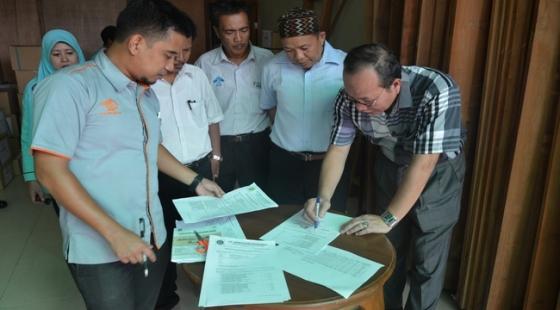 Serah Terima NSU UMPTKIN Zona 2 UIN Raden Fatah Palembang